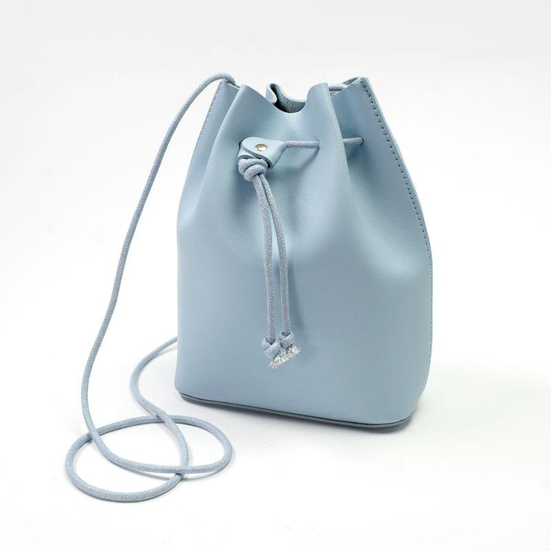 Bolsa-mini-bucket-Azul-claro-Chica-1-11