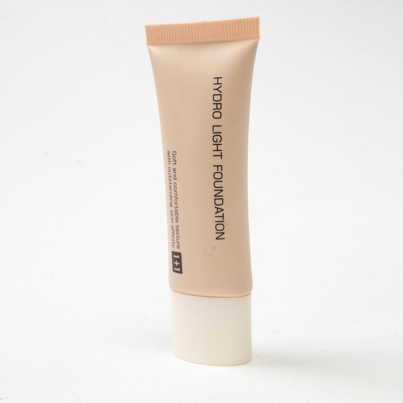 Maquillaje-en-crema-hidratante-1--1-Chico-1-533