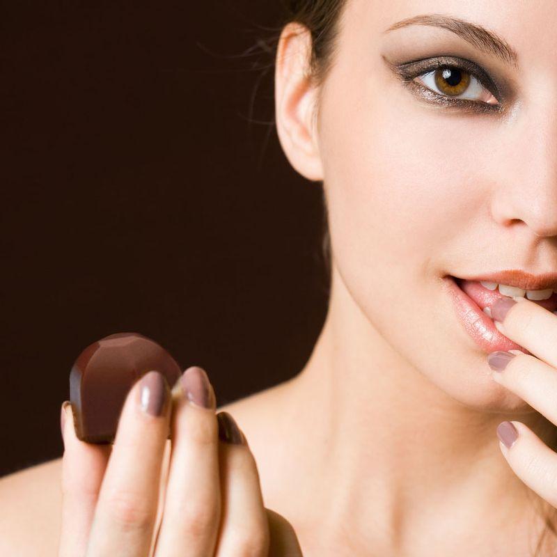 Snack-Natssu-Chocolate-Relleno-De-Crema-De-Avellana-55g-3-4037