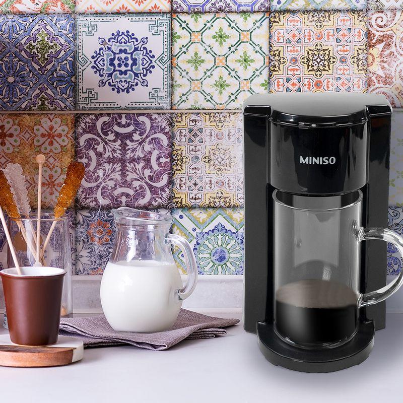 Cafetera-Negra-Mediana-3-2386